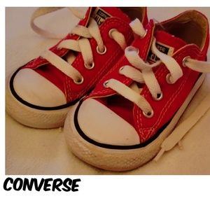 Chuck's cutest toddler shoes😘